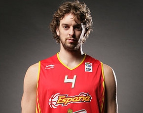 El debut oficial de Pau Gasol con Los Angeles Lakers