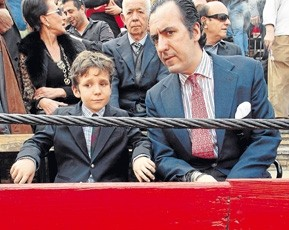 Criticas a Jaime de Marichalar por llevar a Froilán a los toros