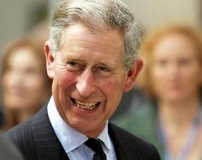 El Príncipe Carlos de Inglaterra abre su propia tienda