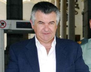 Roca regresa a prisión bajo fianza de 3 millones de euros